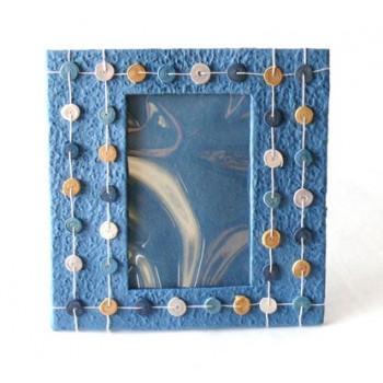 http://loja.quercus.pt/78-119-thickbox/moldura-azul.jpg